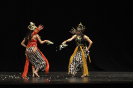 Tari Wayang 'Srikandi vs Mustakaweni'